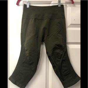 Lululemon size 6 In the flow leggings army green